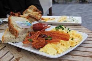 Eggs, bacon & bread